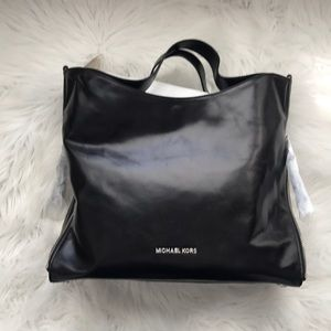 Brand New Classic Michael Kors Bag